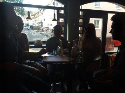 KV-FDS-Junge_gruene-Diskussionsrunde-1